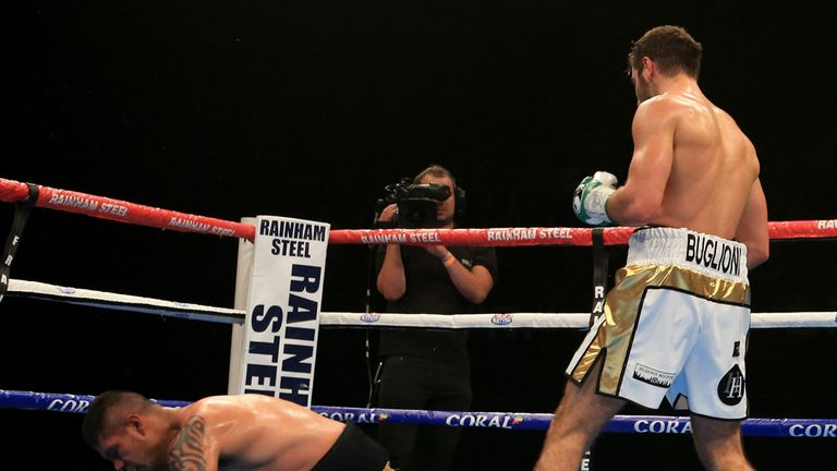 Buglioni floors Castaneda in the fifth