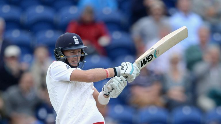 Joe Root's excellent Ashes form has moved the England batsman top of the latest ICC world batting ranking