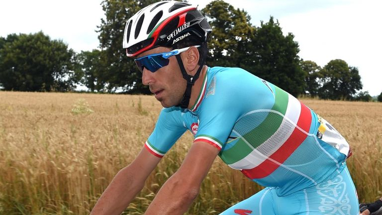 Nibali is not the first rider to get help from his team car