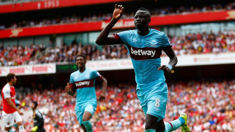 Cheikhou Kouyate celebrates after scoring for West Ham