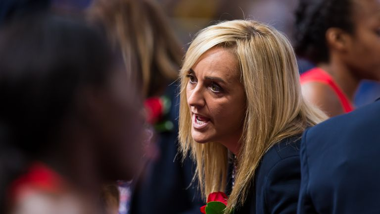 Tracey Neville's England have reached the semi-finals of the Netball World Cup