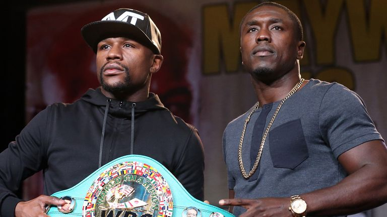 Floyd Mayweather (L) and Andre Berto will meet in Las Vegas