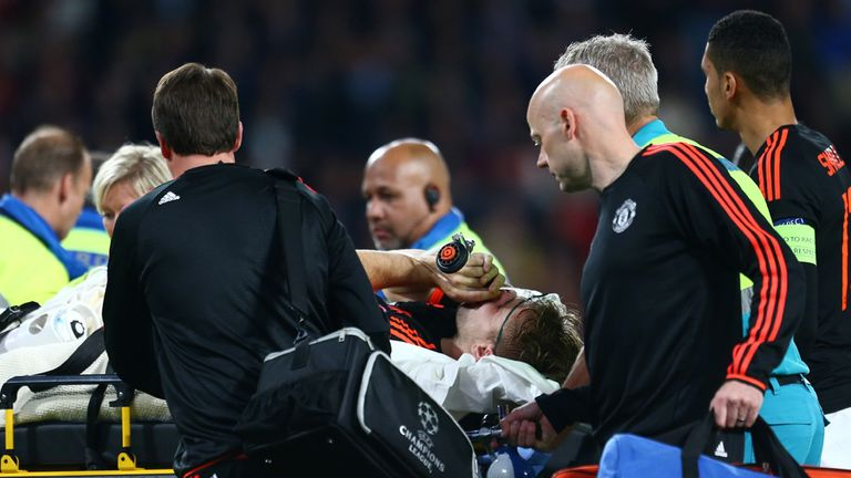 Shaw received almost 10 minutes of treatment before being carried off