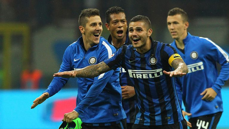 Stevan Jovetic, Fredy Guarin and Mauro Emanuel Icardi celebrate a victory