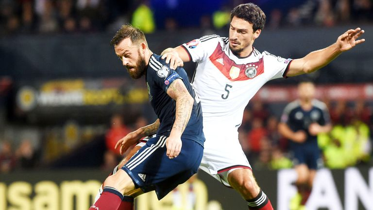 Steven Fletcher (l) and his Scotland team-mates were beaten 3-2 by Germany last time out