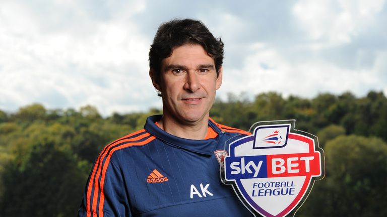 Middlesbrough's Aitor Karanka with the Sky Bet Championship Manager of the Month award for September