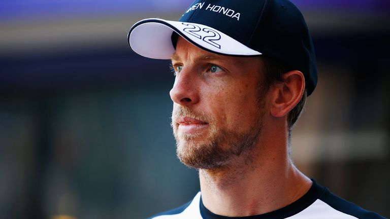 Button to stay on for 2016 season