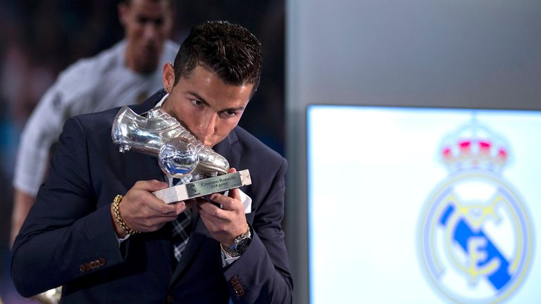 Cristiano Ronaldo kisses his trophy as all-time top scorer of Real Madrid, but is the count right?
