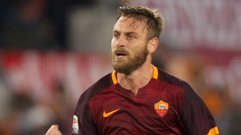 Daniele De Rossi has the second-most appearances in Roma's history