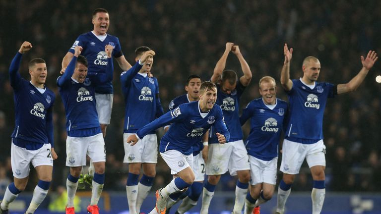 Everton should have too much for Big Sam's Sunderland on Super Sunday, says Merse