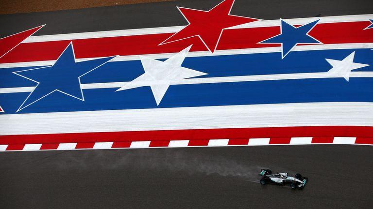 Lewis Hamilton drives at the 2015 United States GP