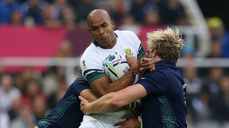 JPietersen wrestles Scotland's Blair Cowan and Richie Gray