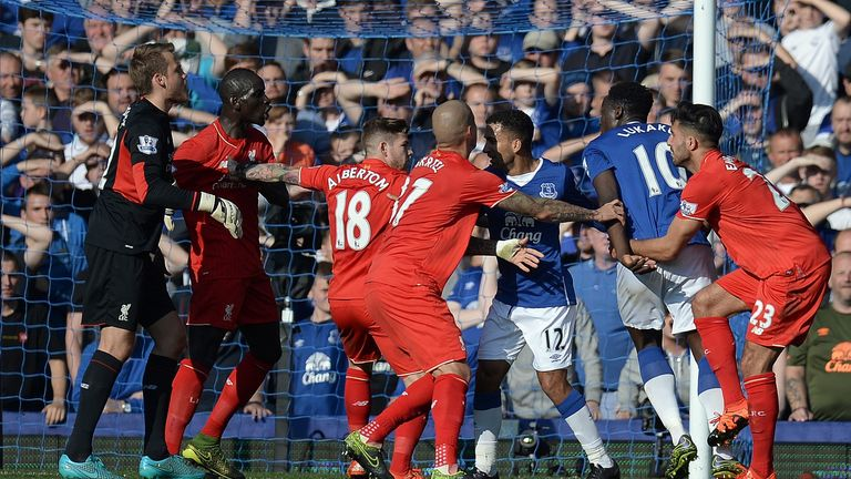 Liverpool's Mamadou Sakho (second left) and Everton's Romelu Lukaku (second right) clashed in the second half