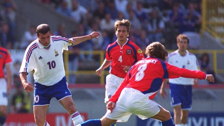 Pavel Nedved and Karel Poborsky couldn't help the Czech Republic at Euro 2000