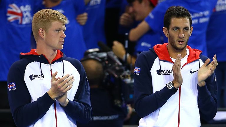 Murray will support his team-mates Kyle Edmund (l) and James Ward