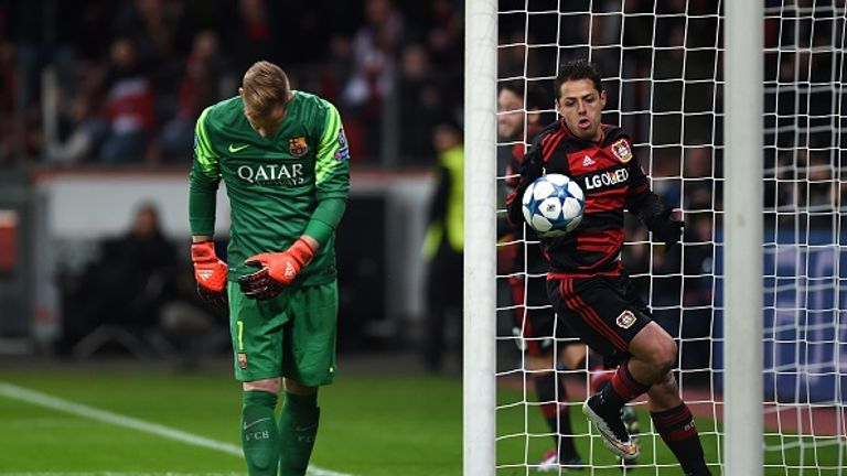 Javier Hernandez scores past Marc-Andre Ter Stegen