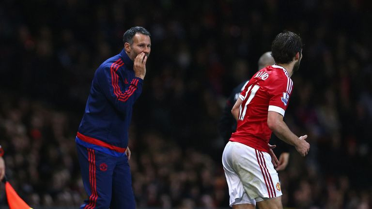 Steve Round thinks Ryan Giggs should eventually take over at Man Utd