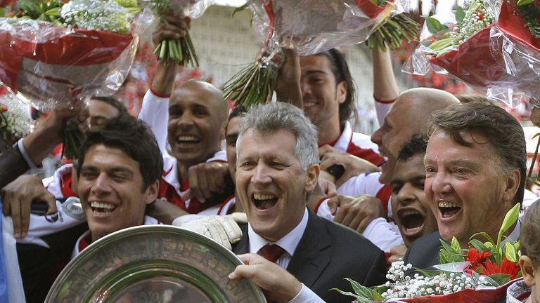 Van Gaal (right) won the Dutch title with AZ Alkmaar