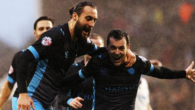 Ross Wallace (right) of Sheffield Wednesday celebrates with team mate Atdhe Nuhiu
