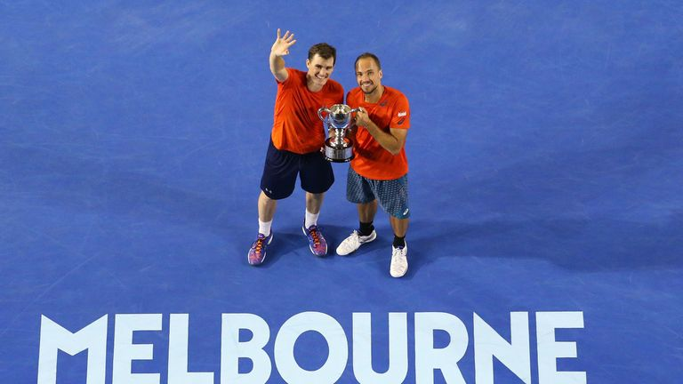 Bruno Soares and Jamie Murray won the men's doubles title