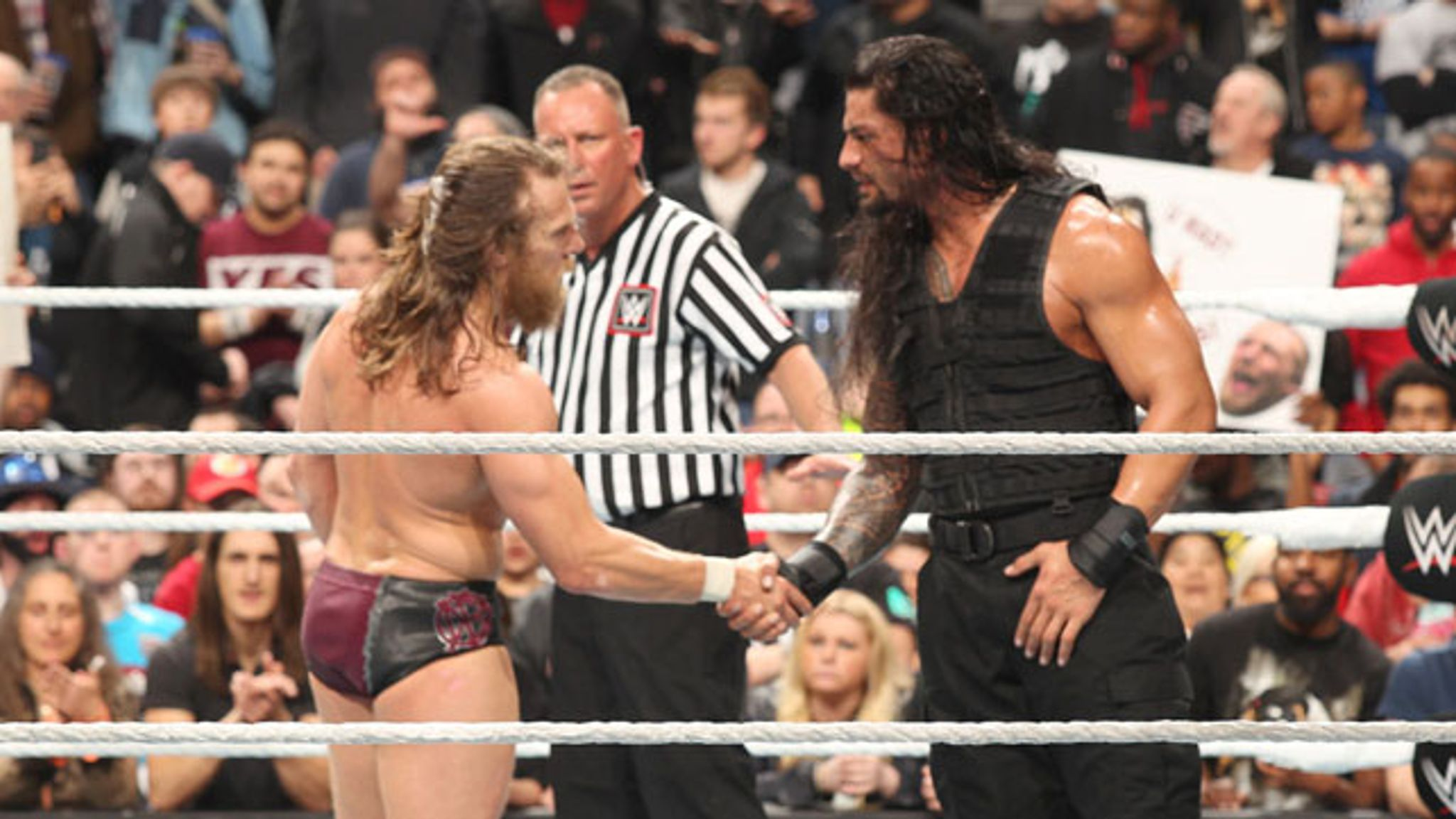 Daniel Bryan Said He's Better WWE Wrestler Than Roman Reigns 2