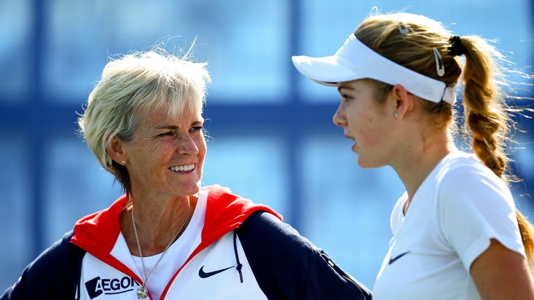 Captain Judy Murray (L) talks with Katie Swan ahead of the Fed Cup matches in Eilat