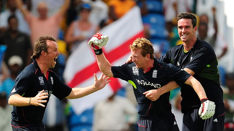 Graeme Swann and Pietersen celebrate with skipper Paul Collingwood