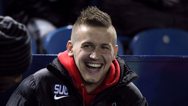 Piotr Parzyszek: Leaves Charlton