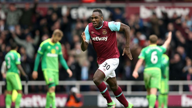 Antonio celebrates his winner against Sunderland