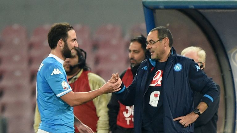 Gonzalo Higuain described Maurizio Sarri as a father figure