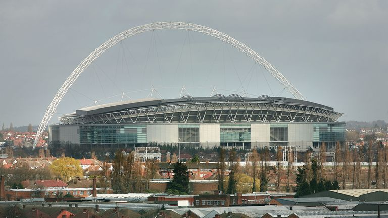 Van Gaal says Wembley is the most 'prestigious temple' of English football