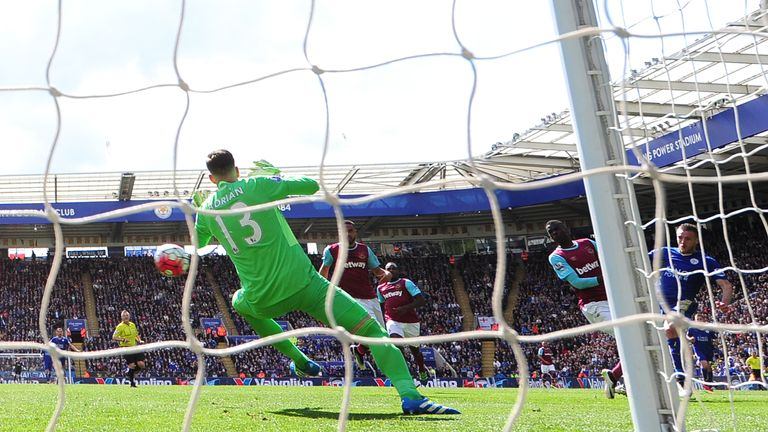 Jamie Vardy of Leicester City scores the opening goal