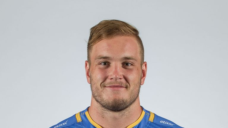Western Force prop Oliver Hoskins is heading to England for the 2016/17 campaign