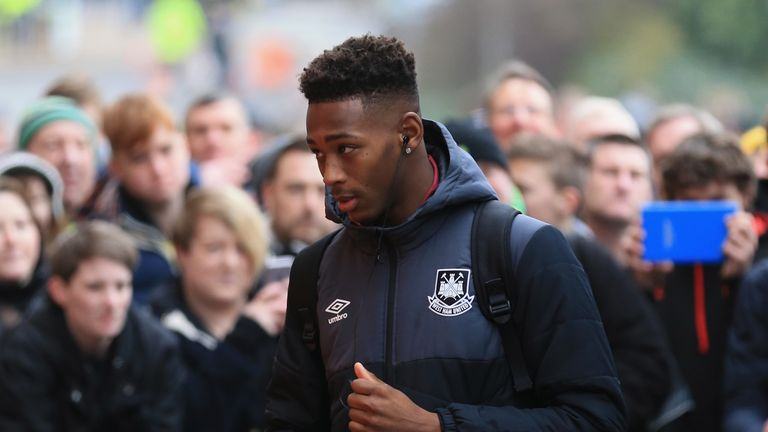 Oxford became the youngest Premier League player in West Ham's history