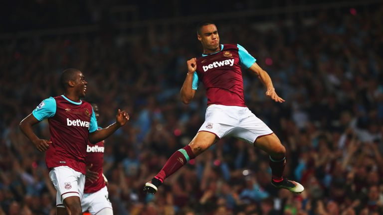 Winston Reid of West Ham United celebrates the winning goal