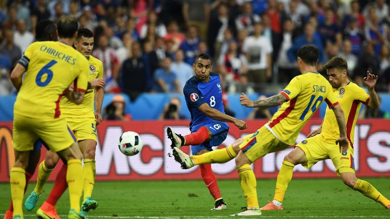 Dimitri Payet (C) scores the winner in France's 2-1 victory over Romania at Stade de France
