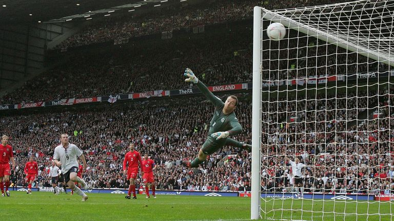 Beckham bends in a superb second for England against Wales at Old Trafford