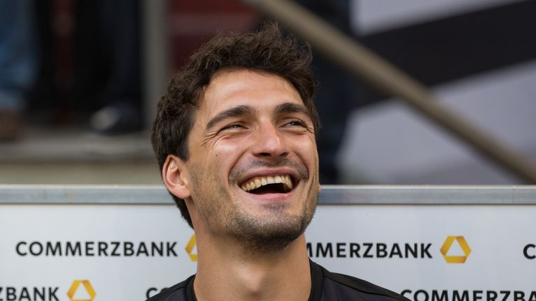 "Bayern Munich defender Mats Hummels has revealed he was ""very close"" to joining Manchester United in 2014"