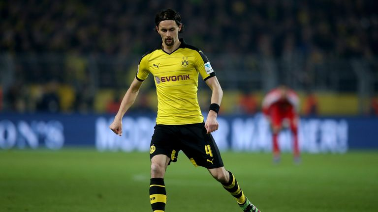 Neven Subotic's Middlesbrough move has broken down, according to Sky sources