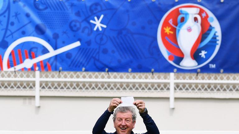 Roy Hodgson mocks the media during England's training session