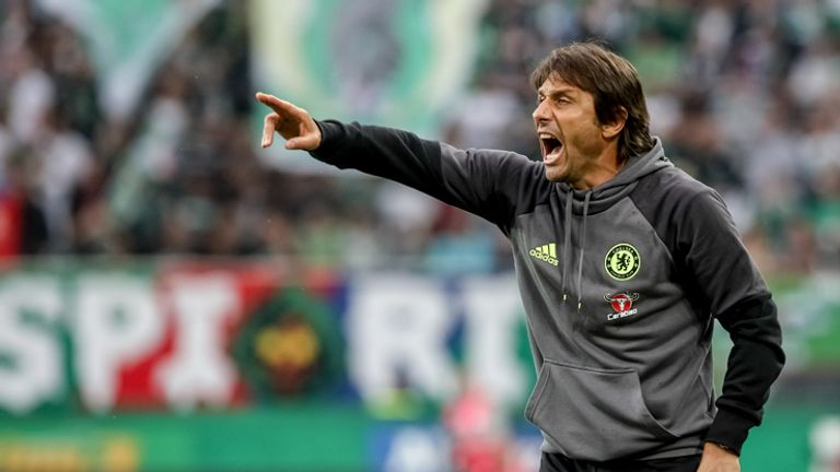 Antonio Conte has hailed the signing of Kante at Chelsea