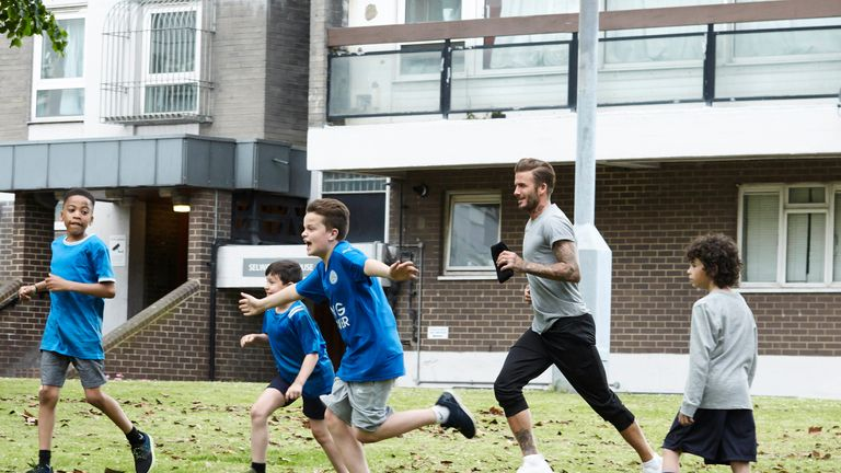 Beckham jogs across town in the advert