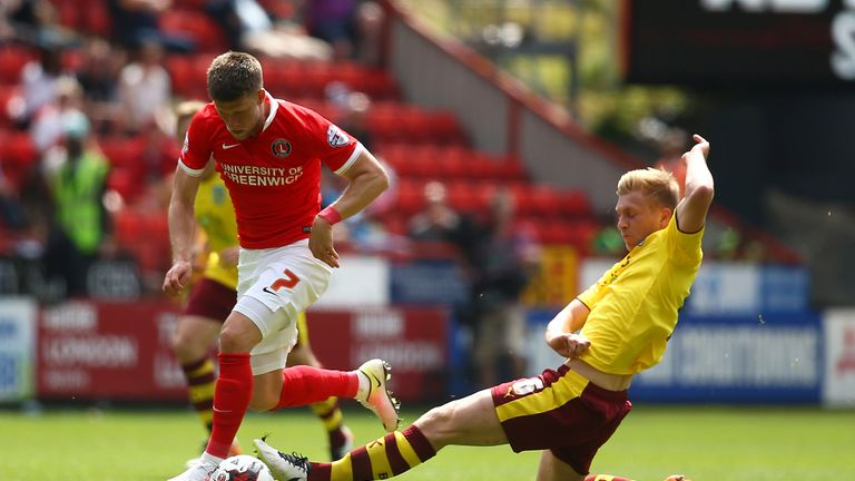 Gudmundsson in action for Charlton against Burnley last season