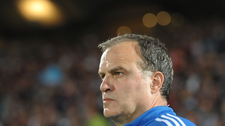 Marcelo Bielsa has blamed Lazio for his shock exit from the club