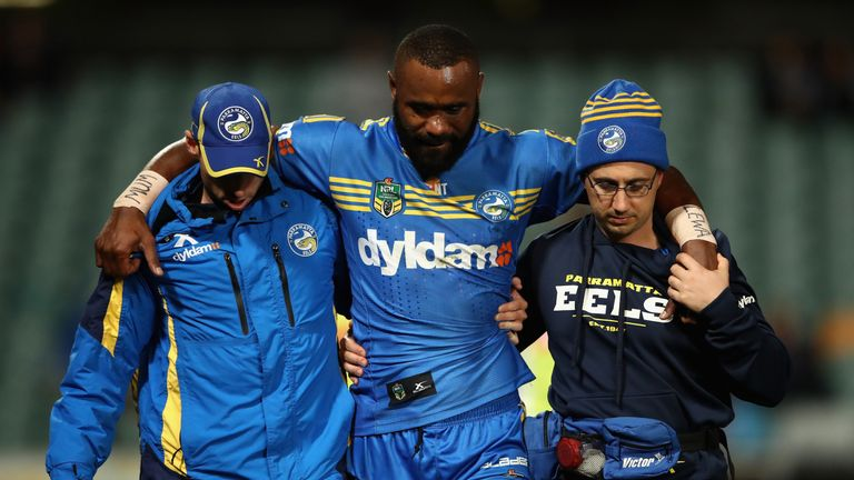 Semi Radradra of the Eels left the field injured against Sydney Roosters