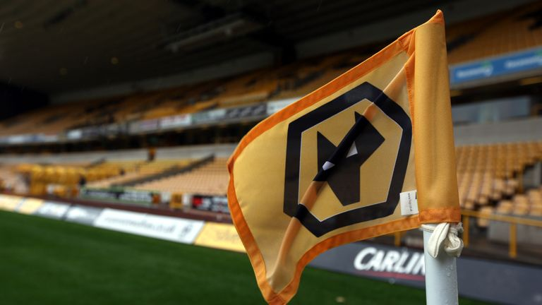 New signing Paul Gladon is looking forward to playing at Molineux