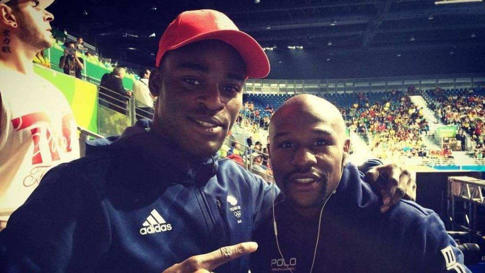 apertura Miedo a morir Máquina de escribir  Olympic Boxing: Joshua Buatsi encouraged by Floyd Mayweather | Boxing News  | Sky Sports