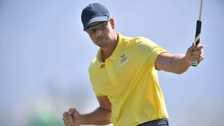 Stenson made a fast start with three early birdies