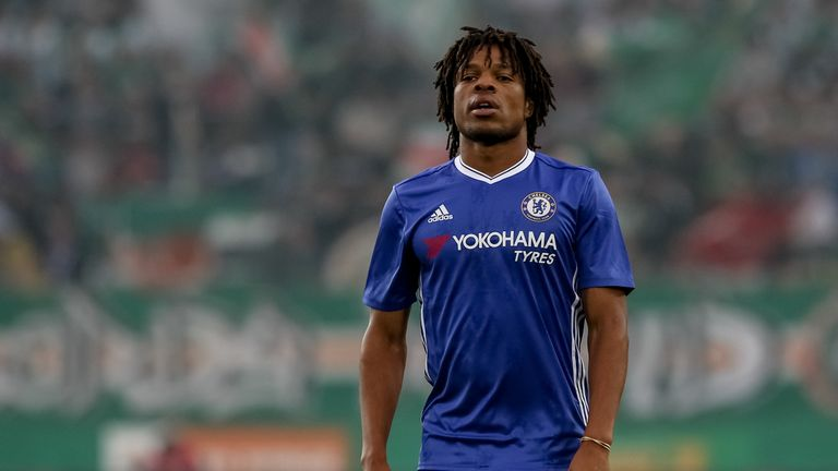 Crystal Palace striker Loic Remy has returned to Chelsea to receive treatment on a thigh injury