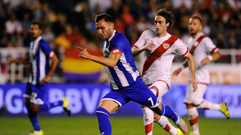 Lucas Perez is due in London for a medical